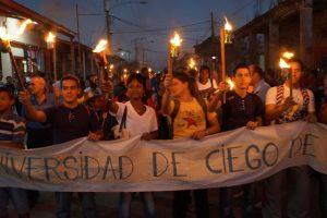 La Universidad de Ciego de Ávila toda en la Marcha de las Antorchas este 27 de enero.