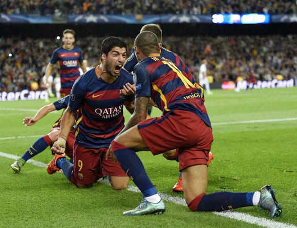 Neymar-y-Luis-Suárez-anotaron-los-goles-en-el-Camp-Nou.-Foto-Shauner-Fraser