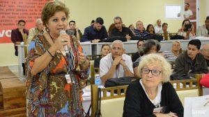 inter-rosalia-hablando-encuentro-locutores